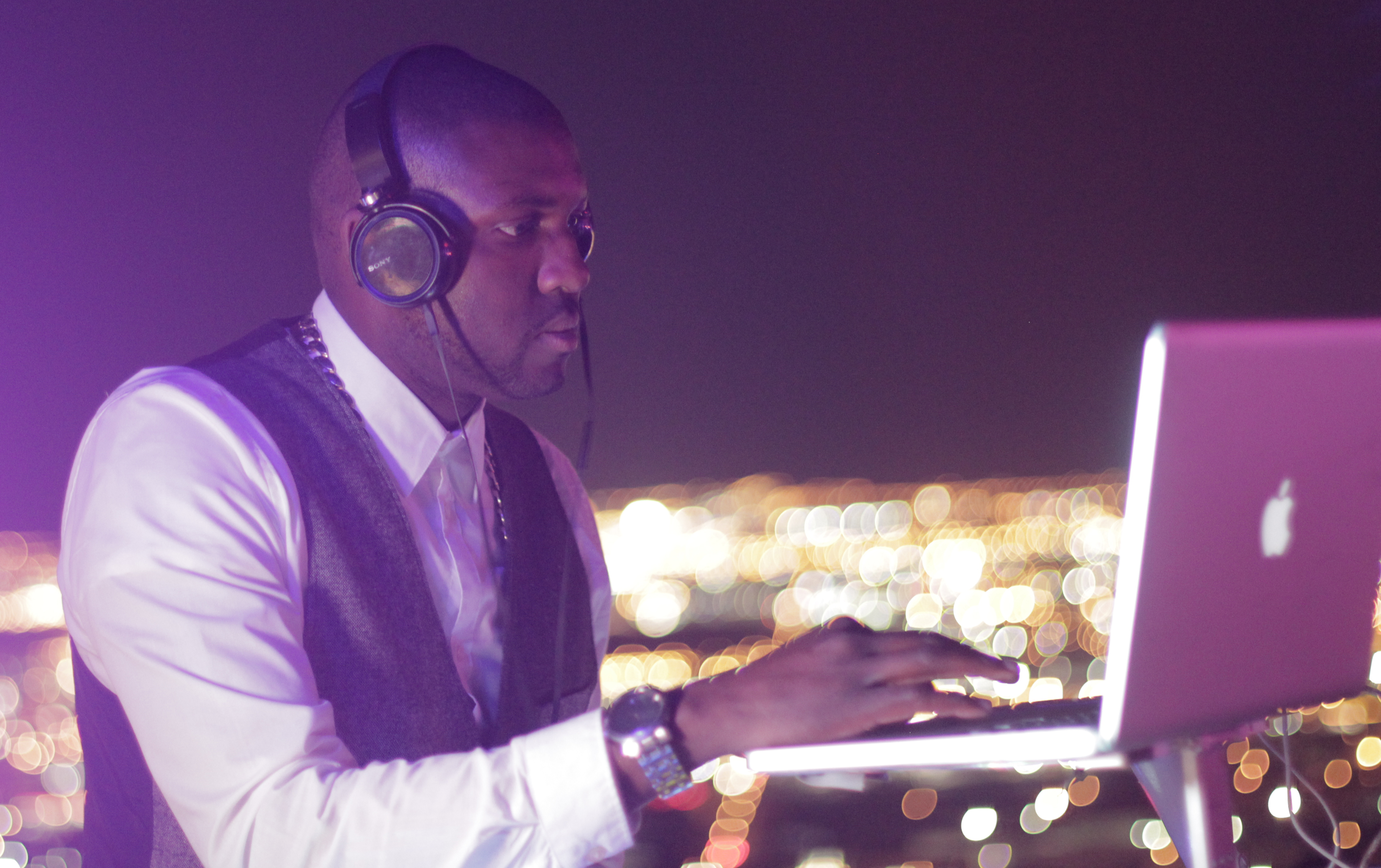 DJ Poun spinning at Voodo, Rio Las Vegas